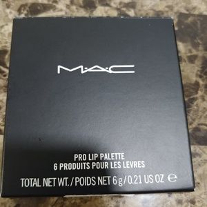 MAC pro lip palette